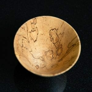Single wooden bowl